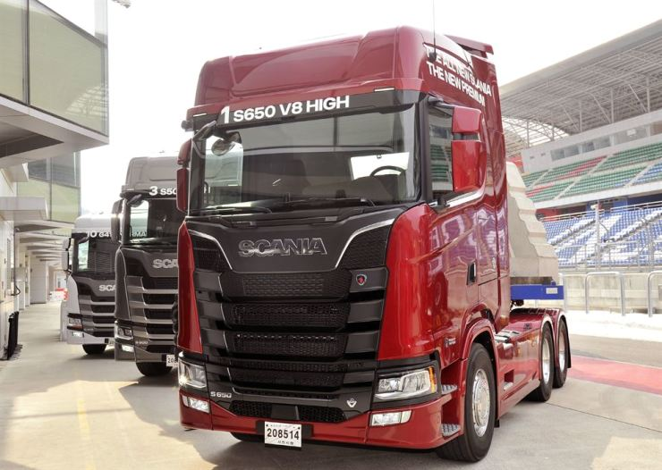 Test Drive] New Scania suitable for long-distance drivers
