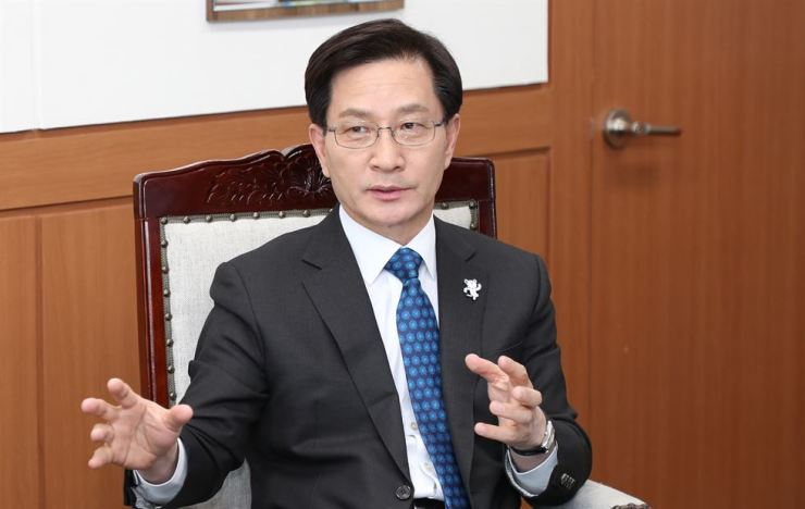 Looking back on 12 years in office, Gangneung Mayor Choi Myeong-hee says his time there cannot be separated from the Olympics. His past bids to host the Games for 2010 and 2014 failed until the misfortune came to an end in 2018, when Gangneung became the venue city for PyeongChang Winter Olympic Games. / Courtesy of Gangneung City Government