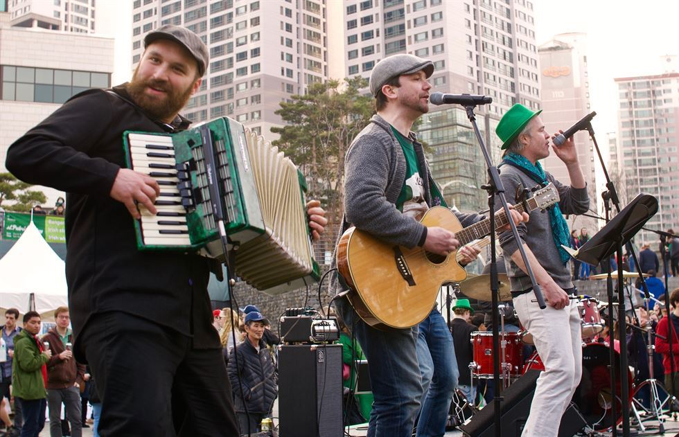 Irish bring big cultural event to Seoul for St  Pat's Day