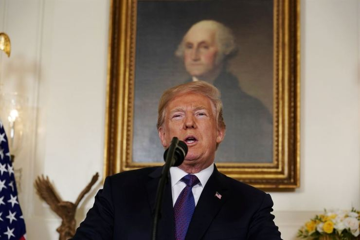 U.S. President Donald Trump makes a statement about Syria at the White House in Washington, U.S., April 13. / REUTERS-Yonhap