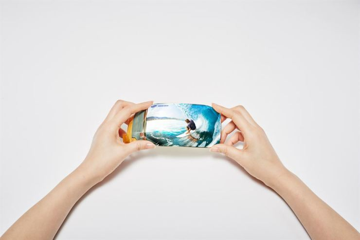 Samsung Display's flexible OLED panel. / Courtesy of Samsung Display