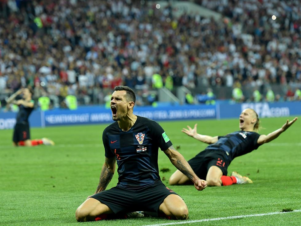 Mario Mandzukic, center, of Croatia celebrates scoring during the 2018 FIFA World Cup semi-final match between England and Croatia in Moscow, Russia, July 11. Xinhua-Yonhap