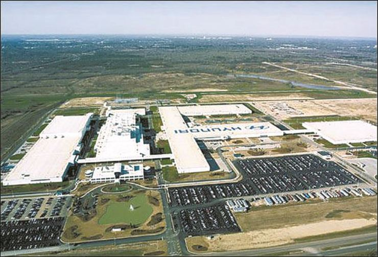 Hyundai Motor Manufacturing Alabama. Korean automakers invested more than $10 bil. in the United States, hiring over 110,000 workers. / Korea Times file