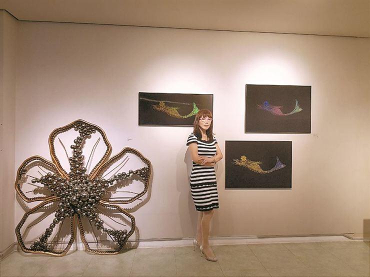 Shim Young-churl, president of the Korean Sculptress Association