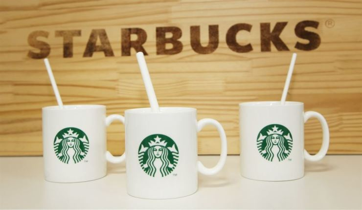 Samples of paper straws to be used at Starbucks coffee shops in Korea / Courtesy of Starbucks Coffee Korea