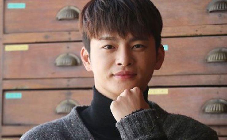 Singer-actor Seo In-guk. Yonhap