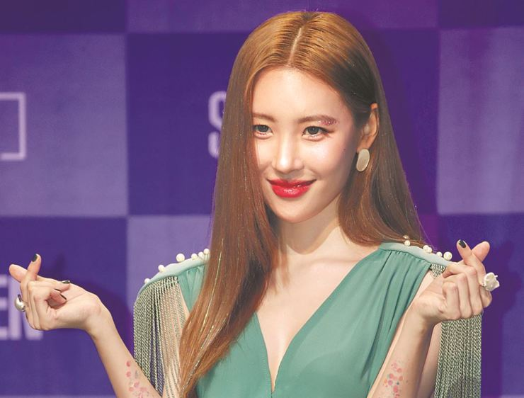 Sunmi finishes up trilogy with 'Warning'