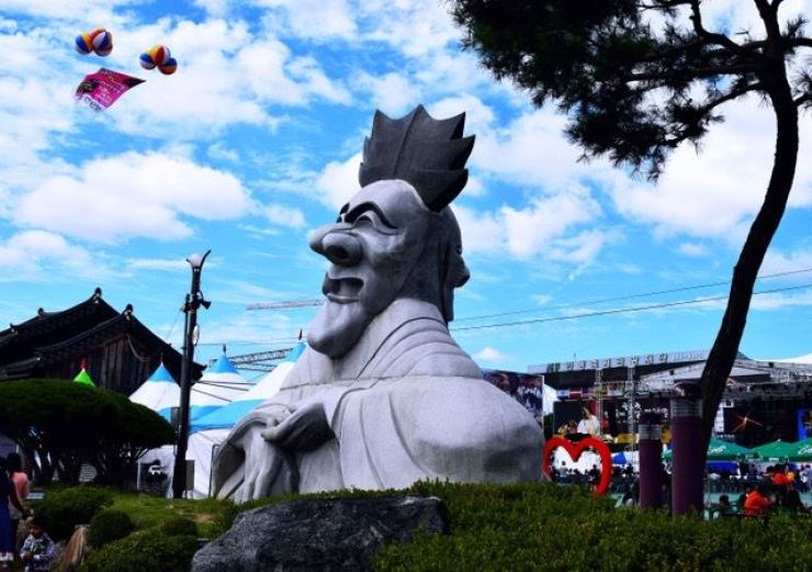 Yangban Sculpture Photo: The sculpture that greets visitors as they enter the festival grounds. Photo by Rahcel Stine