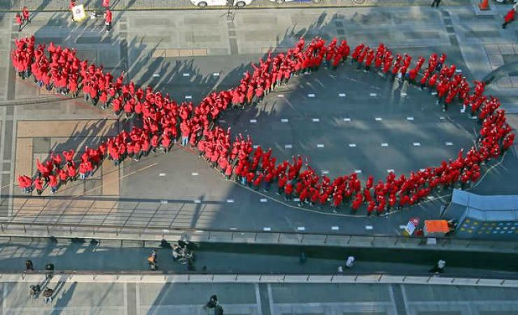 Red HIV/AIDS awareness ribbon. Yonhap