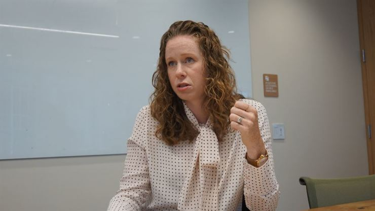 Jamie Olsen, senior director at saleforce.org, speaks on how the world's top customer relationship system provider provides an example of collaboration with communities, during a recent interview at its headquarters in San Francisco with The Korea Times. Korea Times photo by Oh Young-jin