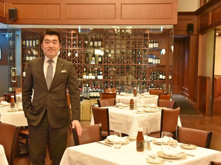 Wolfgang's Steakhouse Korea CEO Lee Dong-hoon poses at his restaurant in Cheongdam-dong, Seoul, Nov. 19, after an interview with The Korea Times. / Courtesy of Wolfgang's Steakhouse Korea