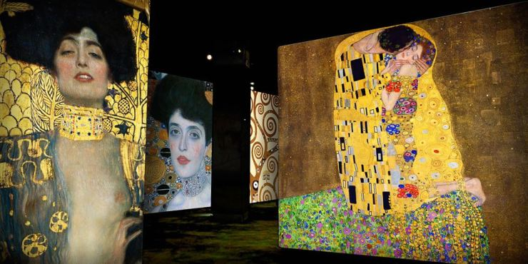 A scene from media art installation 'Klimt and Vienna, A Century of Gold and Colors'at Bunker de Lumieres on Jeju Island / Courtesy of Culturespaces and Tmonet