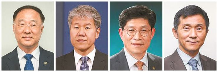 From left: Finance Minister designate Hong Nam-ki, presidential economic policy chief nominee Km Soo-hyun, office for government policy coordination head designate Noh Hyeong-ouk and presidential secretary of social policy nominee Kim Yeon-myung. Korea Times file
