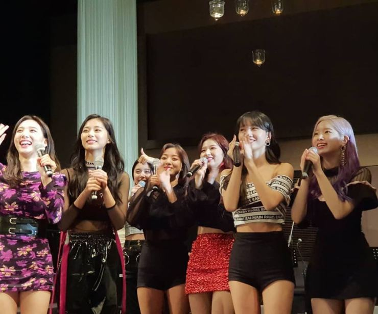 TWICE perform 'Yes or Yes' at the wedding. Photos from tistory.com