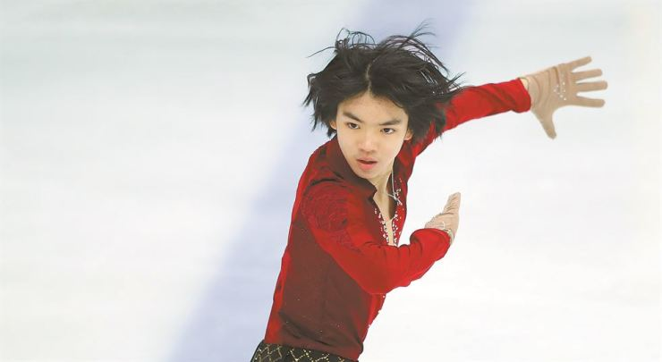 Figure skater Cha Jun-hwan performs in the short program for the national figure skating championship at Mokdong Ice Rink in Seoul in this Jan. 6, 2018 file photo./ Korea Times file