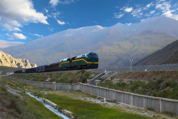 A train runs on a railway track of the Qinghai-Tibet railway that connects Xing, Qinghai Province to Lhasa, Tibet Autonomous Region of China. /gettyimagesbank