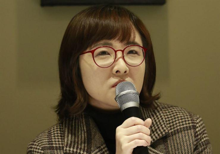 Novelist Yun I-hyeong Courtesy of Munhaksasang