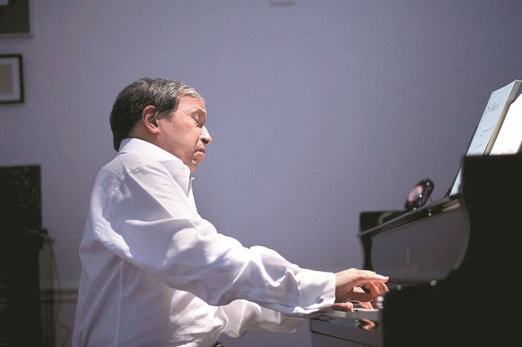 Murray Perahia will perform at Seoul Arts Center on March 3. Courtesy of Credia and Deutsche Grammophon