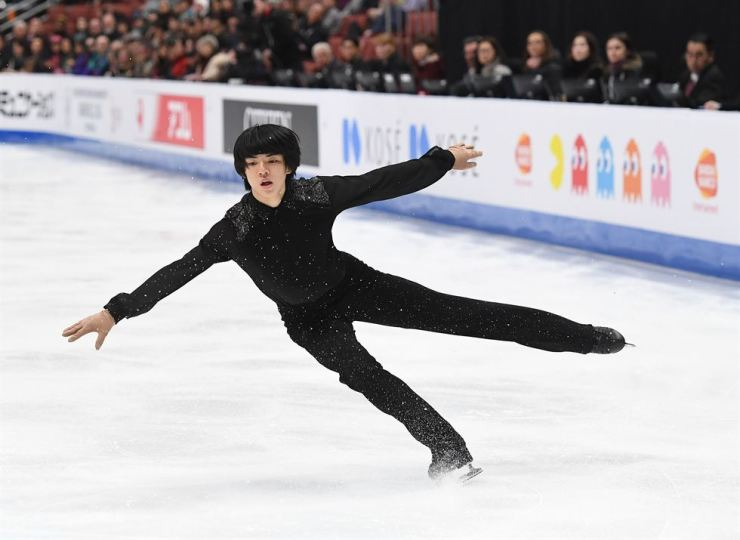 Cha Jun-hwan of South Korea competes in the Men's Short Program of the ISU Four Continents Figure Skating Championship at the Honda Center in Anaheim, California, Thursday. AFP-Yonhap