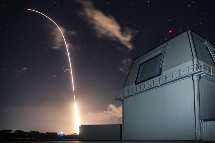 This Monday, Dec. 10, 2018, photo provided by the U.S. Missile Defense Agency (MDA) shows the launch of a land-based Aegis missile from the Pacific Missile Range Facility on the island of Kauai in Hawaii that later intercepted an intermediate range ballistic missile. Korea Times file