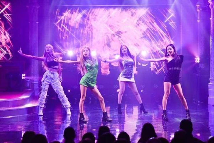 Fans pan BLACKPINK's 'lame' US performances