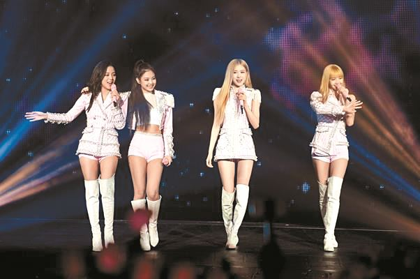K-pop girl group BLACKPINK performs at Universal Music's Grammy Artist Showcase, Feb. 9 (local time). Courtesy of Universal Music Group