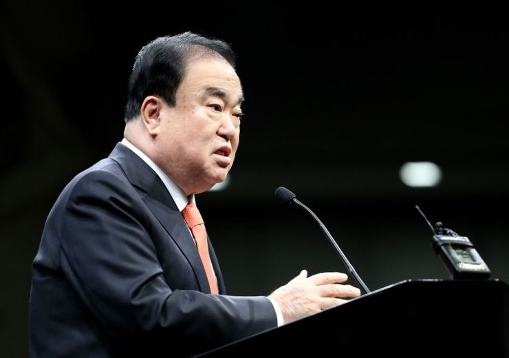 National Assembly Speaker Moon Hee-sang speaks at a gathering with Korean residents at the Watergate Hotel in Washington D.C., Monday, local time. Yonhap