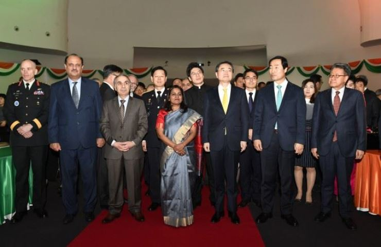 Indian Ambassador to Korea Sripriya Ranganathan, center in first row, poses with guests at a recent reception in Seoul to mark 70th anniversary of India's Republic Day. / Embassy of India