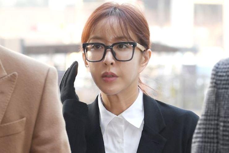 Prosecutors want former idol singer Shoo jailed for a year for habitual gambling. Yonhap