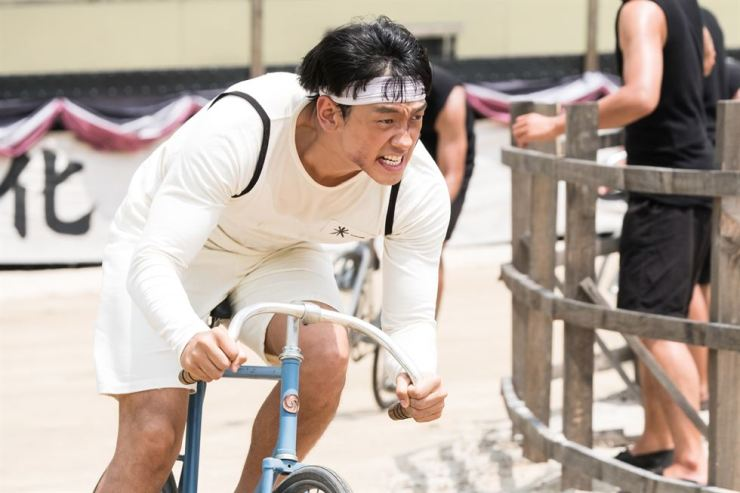 Jung Ji-hoon in the movie 'Um Bok Dong.' Courtesy of CellTrion Entertainment
