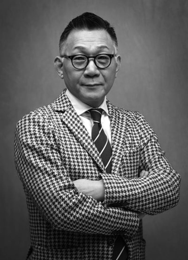Choi Woong-chol, president of the Galleries Association of Korea