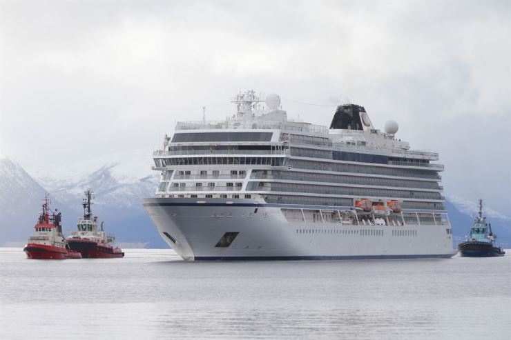 Cruise ship Viking Sky arrives at Molde, Norway, Mar. 24, 2019. Viking Sky reported engine failure on Mar. 23 in windy conditions off the west coast of Norway in Hustadvika. EPA-Yonhap