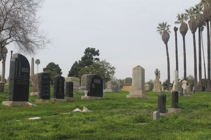 Rosedale Cemetery in L.A. is where 21 Korean immigrants honored for independence activists are buried. / Korea Times photo by Park Jin-hai