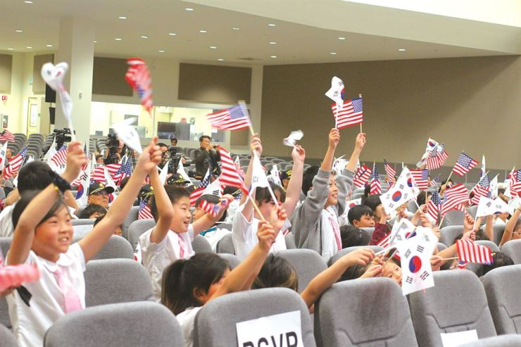 Korean Americans, including children and families of Korean independence martyrs, celebrate the March 1 Independence Movement at Berendo Street Baptist Church in Los Angeles, Calif., on March 1. / Korea Times photo by Park Jin-hai
