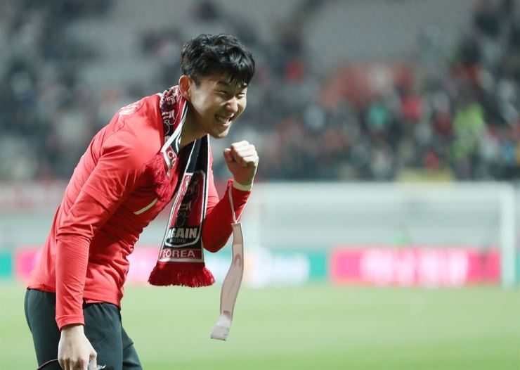 Son Heung-min celebrates after winning the friendly match against Colombia at Seoul World Cup Stadium in Seoul on March 26. Yonhap