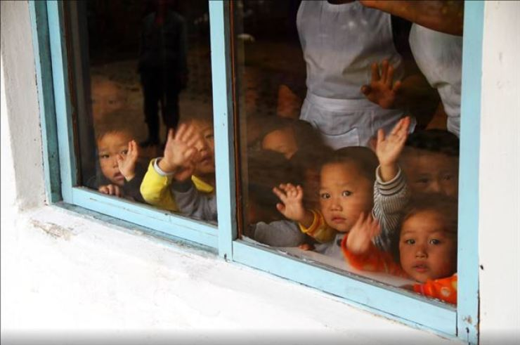 This October 2015 photo, taken by a World Food Programme official, shows North Korean children at a nursery. Photo captured from WFP website