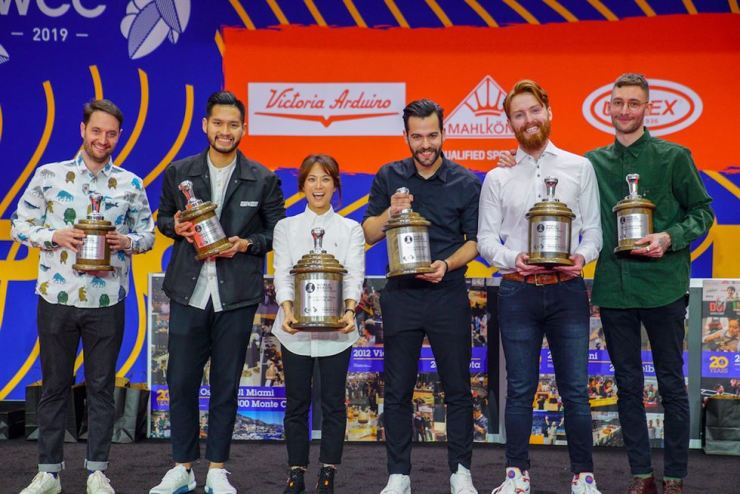Jeon Joo-yeon, third from left, smiles after winning the 2019 World Barista Championship at the Boston Convention and Exhibition Center in the United States, Sunday (local time). Courtesy of Momos Coffee