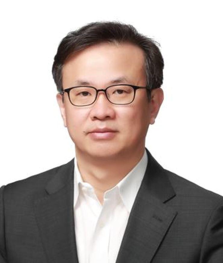 KB CDO Yoon Jin-soo