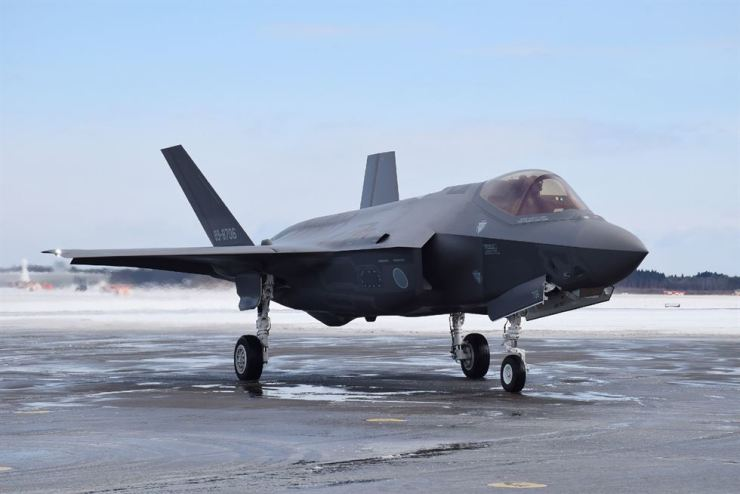 This picture taken on January 26, 2018, shows a F-35A stealth fighter jet of Japan's Self-Defense Forces at Misawa airport in Aomori prefecture. A Japanese F-35A stealth fighter jet with one pilot on board disappeared off the radar while on a training mission over the Pacific on late April 9, the defense ministry said. JIJI PRESS-AFP