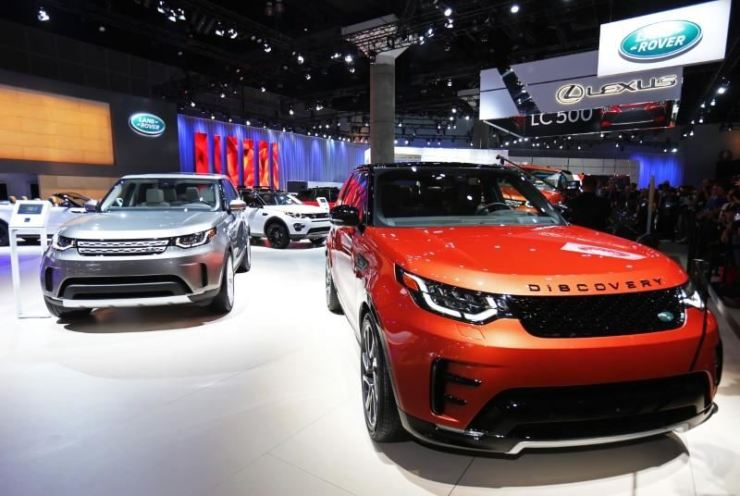 The Land Rover Discovery is pictured at the 2016 Los Angeles Auto Show. Reuters