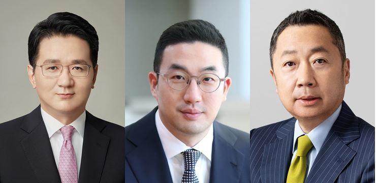 From left are Hanjin Group Chairman Cho Won-tae, LG Group Chairman Koo Kwang-mo and Doosan Group Chairman Park Jeong-won