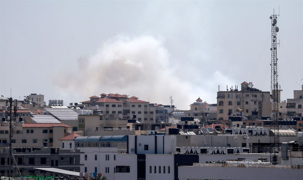 A picture taken from the Gaza Strip on May 4, 2019 shows missiles being launched toward Israel. AFP-Yonhap