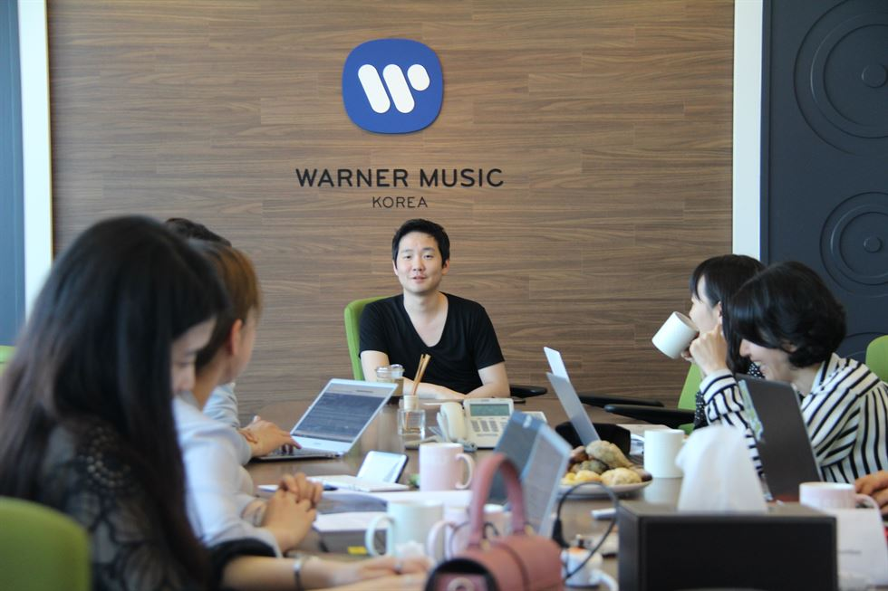 Pianist Lim Dong-hyek speaks during a press conference in Seoul, Friday. Courtesy of Warner Music Korea