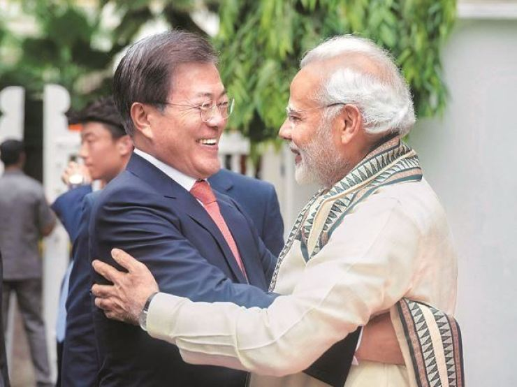 President Moon and Indian Prime Minister Narendra Modi