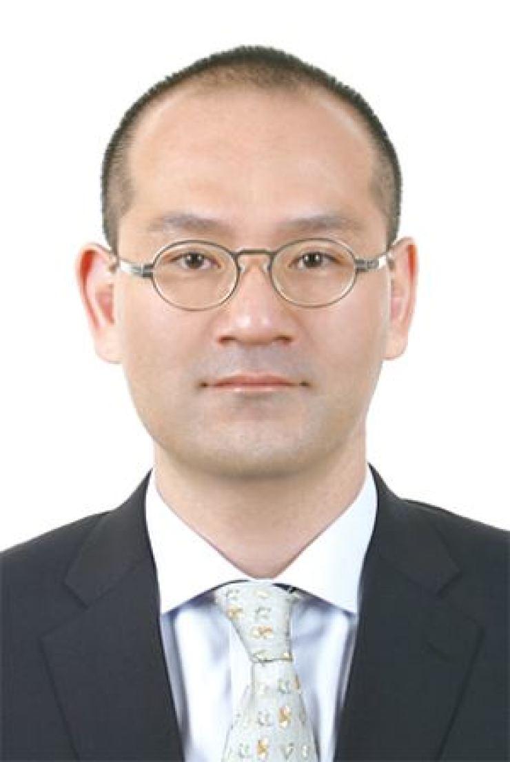Lee Hae-wook, the chairman of Daelim Group