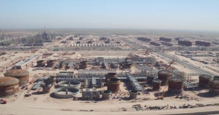 Hyundai Engineering & Construction has won a 2.9 trillion-won ($2.4 billion) order to build a seawater supply facility in Iraq. Yonhap