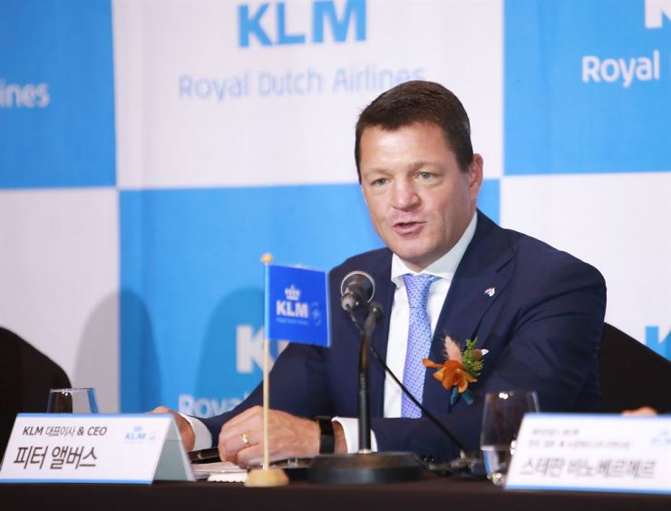 Pieter Elbers, CEO of KLM, speaks to reporters about the advancement of the airline in the last century as well as future plans during a press conference in Seoul, May 31. Courtesy of KLM