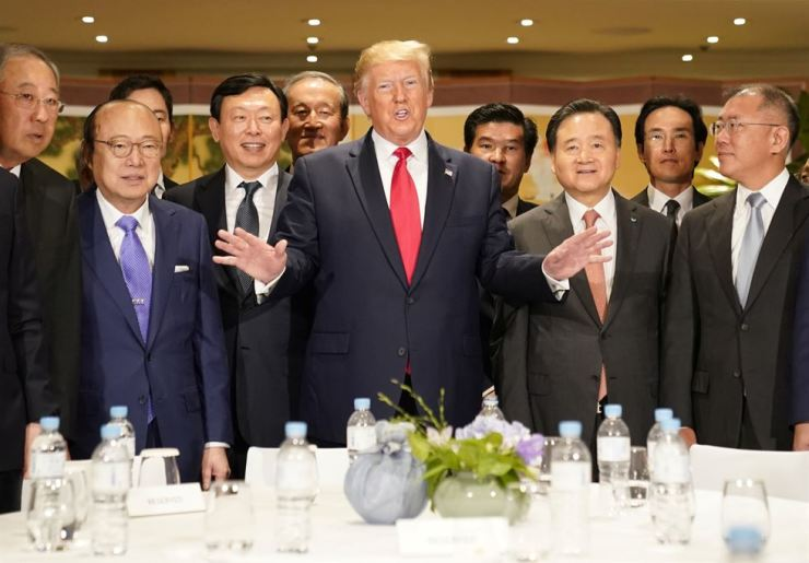 President Donald Trump speaks during a meeting with Korea's business leaders at the Grand Hyatt Hotel in Seoul, Sunday. / Reuters-Yonhap