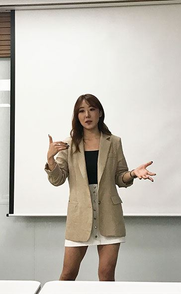 Deeva Jessica gives a seminar on the video streaming industry at The Korea Times on June 20. Korea Times photo by Lee Gyu-lee