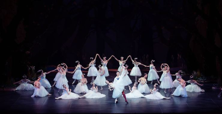 Gwangju City Ballet will perform highlights from 'La Sylphide' on June 23-24 at Seoul Arts Center's CJ Towol Theater. Courtesy of BAKI, Gwangju City Ballet